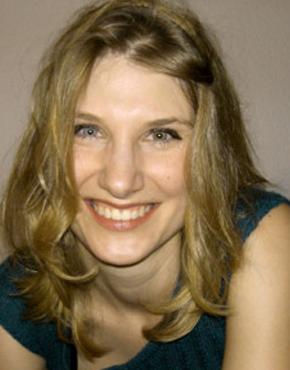 Katja Petrovic, born 1976 in Hamburg, free lancing radio journalist in Paris.  Katja Petrovic, 1976 in Hamburg geboren, ist freie Radiojournalistin in Paris.