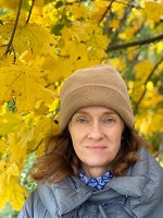 Veronika Trubel, born 1968, journalist, writer, communication coach and pedagogue. She is director of eljub European Literature Youth Exchanges.  Veronika Trubel, geboren 1968, Journalistin, Autorin, Kommunikationstrainerin und Pädagogin. Leiterin der Europäischen Literatur-Jugendbegegnungen.